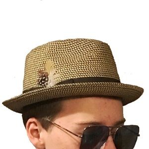 Brown Fedora w/Feather Accent Unisex